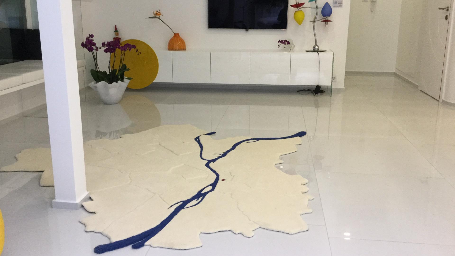 Szinger Margit textiltervező iparművész, egyedi szőnyeg készítés